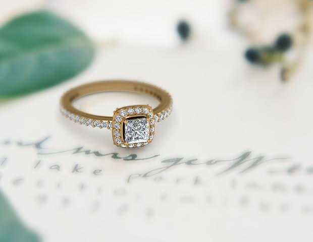 5 Most Trending Halo Style Designer Engagement Ring