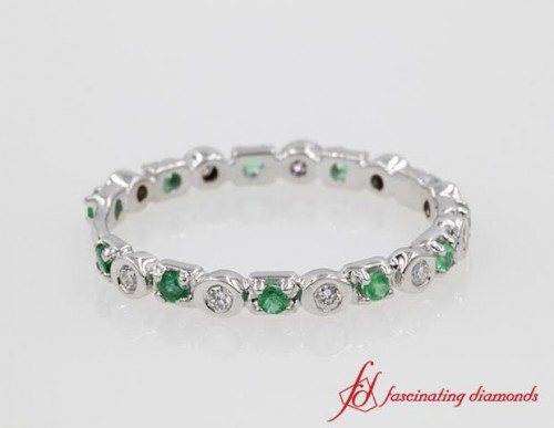 Round Diamond & Emerald Wedding Band