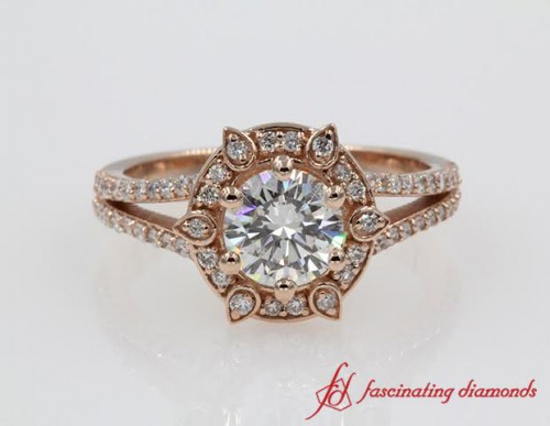 Halo Round Cut Diamond Split Ring