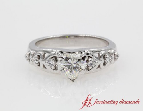 Customized White Gold Heart Diamond Ring
