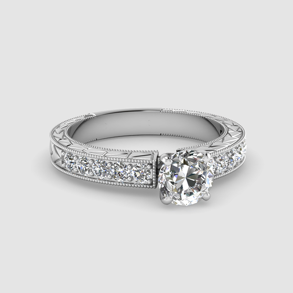 Round Cut Vintage Diamond Ringsg