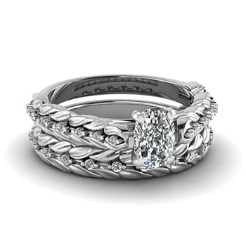 0.50 Carat Cushion Cut Diamond Bridal Ring Set