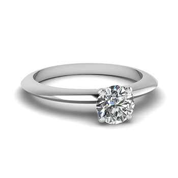 Round Cut 0.50 Carat Diamond Ring For Women