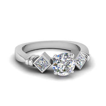 0.75 Ct Round Cut 3 Stone Diamond Engagement Ring For Her