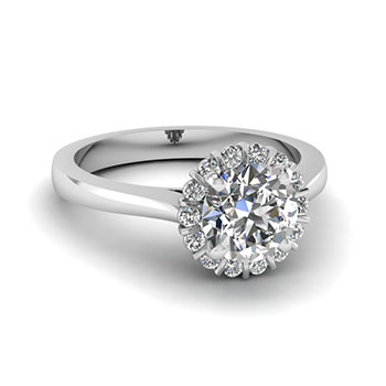 3/4 Carat Round Cut Engagement Ring