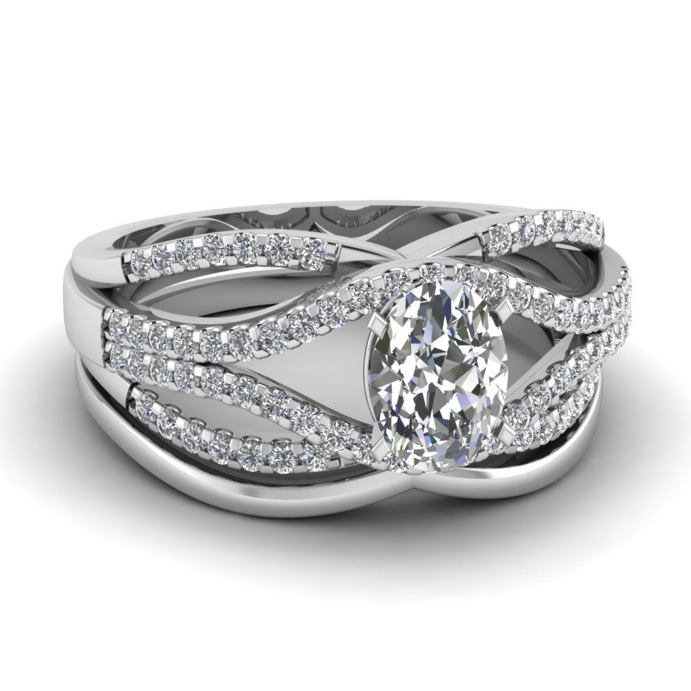 1 Carat Oval Diamond Wedding Set