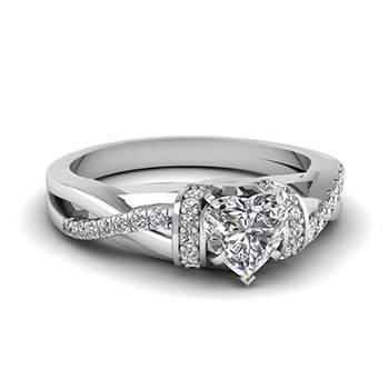 Heart Shaped 1 Carat Diamond Engagement Ring