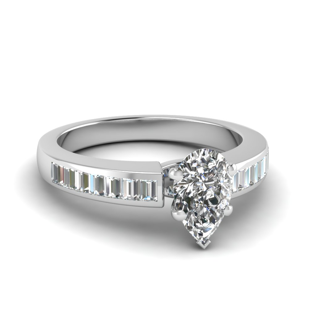 3/4 Karat Pear Shaped Engagement Rings