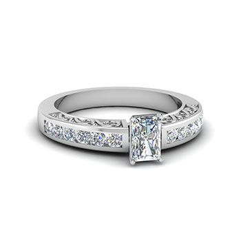 0.75 Carat Radiant Cut Engagement Rings