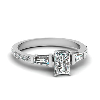 Radiant 0.50 Karat Diamond Wedding Rings