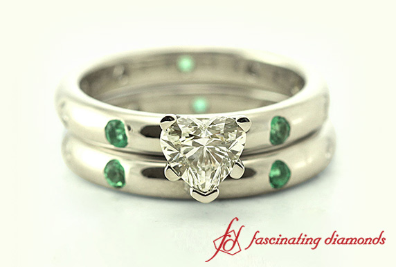 Customized Platinum Bar Set Diamond Wedding Ring Set With Emerald