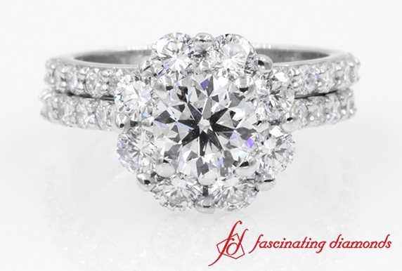 Flower Halo Round Cut Diamond Ring Set