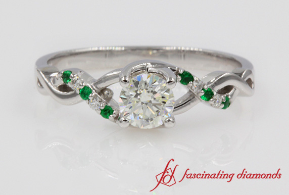 U Prong Twisted Ring With Emerald