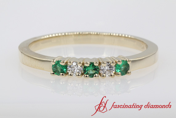 5 Stone Diamond Anniversary Band With Emerald In Gold