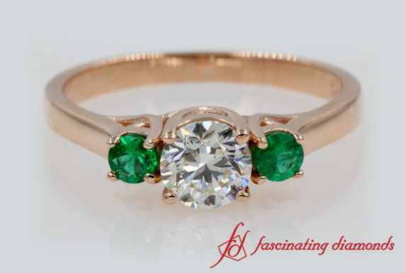 3 Stone Ring With Emerald In Rose Gold