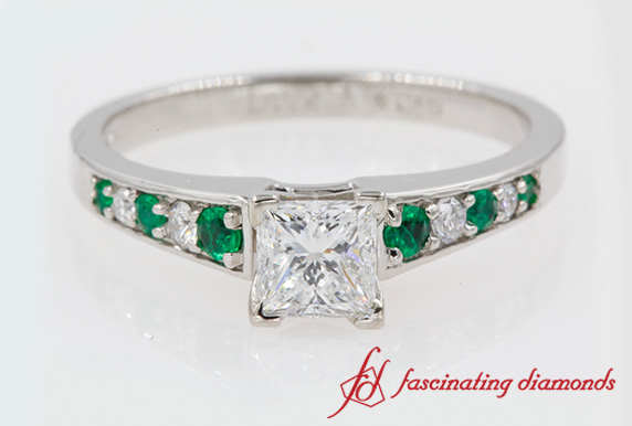 Graduated Pave Accent Diamond Ring With Emerald In White Gold