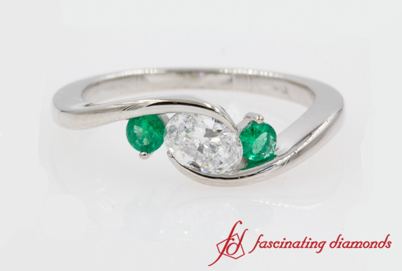 Twist 3 Stone Engagement Ring With Emerald In White Gold-FD8896ROR