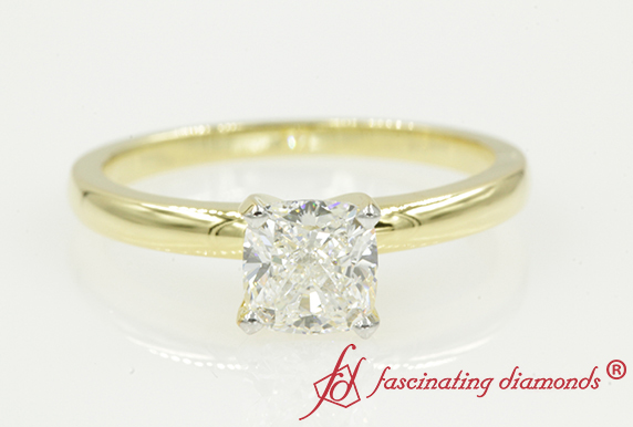 Cushion Cut Sing;e Diamond Ring
