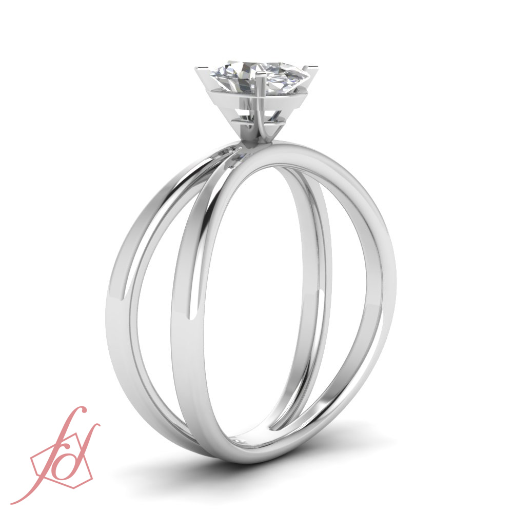 1 2 Carat Oval Shaped VS1 Diamond Butterfly Twist Solitaire Engagement Ring G